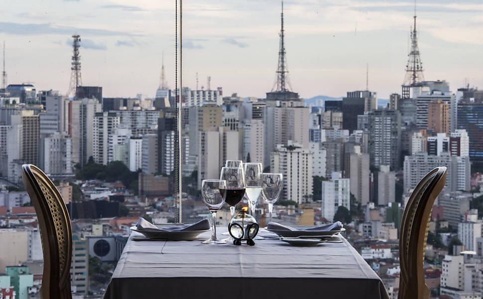 Imagem capa - Os 7 melhores lugares para pedidos de casamento na cidade de São Paulo  por Vinicius Fadul Fotografias de Casamentos