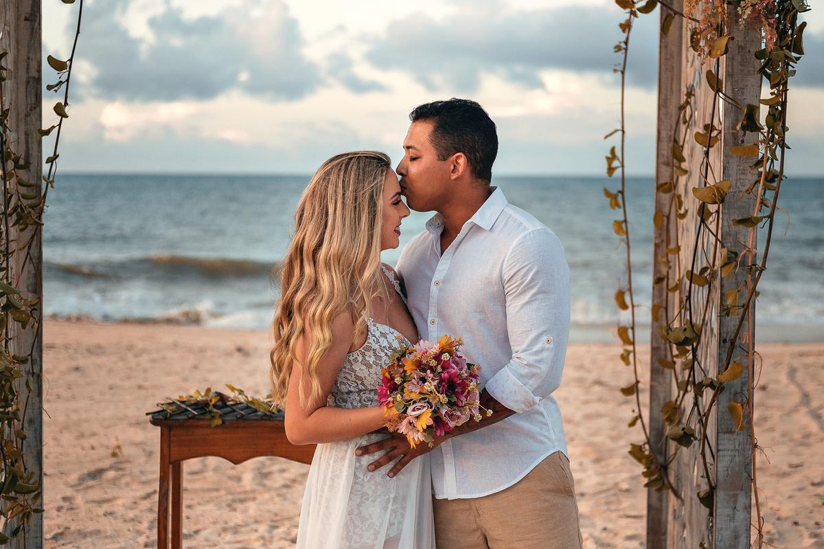 Imagem capa - Elpement Wedding na Praia do Cumbuco / Fortaleza - Ce por Bruno Oliveira
