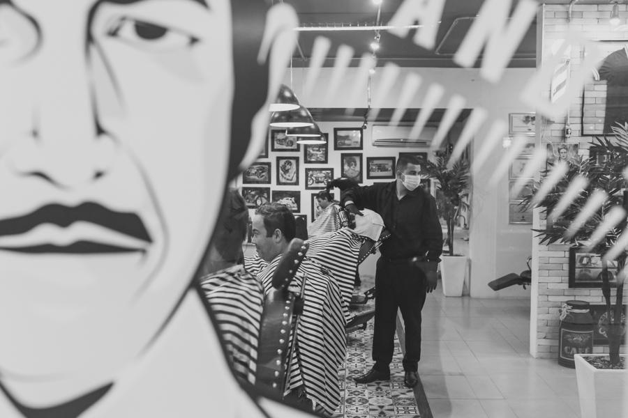 Imagem capa - Dia do noivo na barbearia para homens de estilo e elegância - Divino Barbearia em breve em Jundiaí  por Cristiano Polizello
