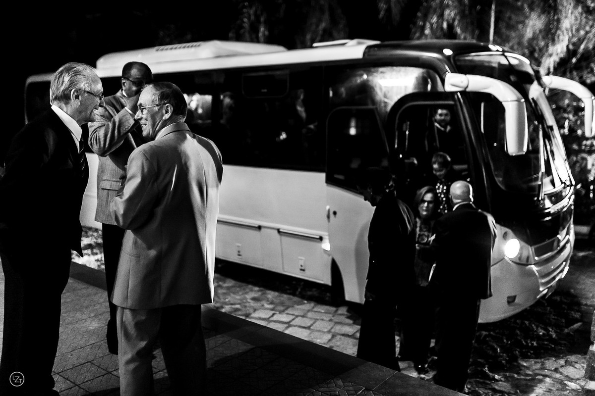 Formatura Agronomia Campestre chega de ônibus