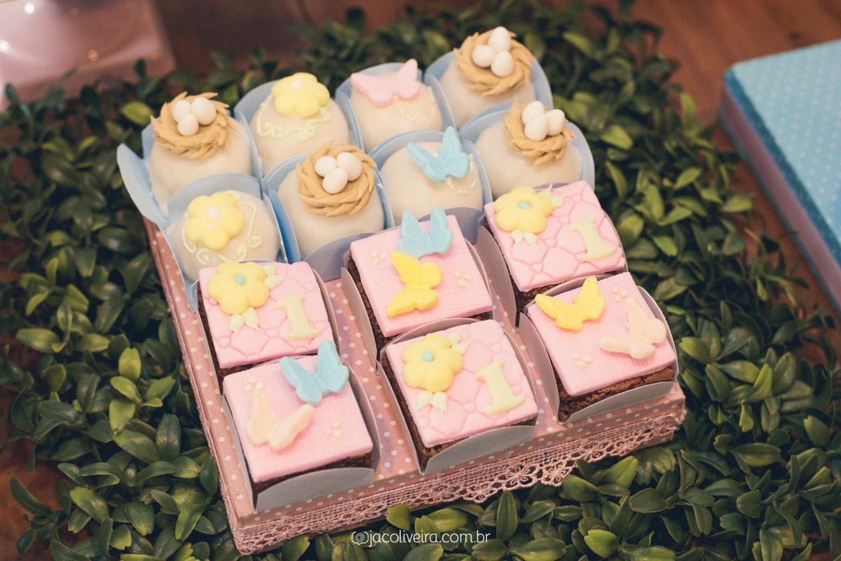 cupcake galinha pintadinha candy colors porto alegre