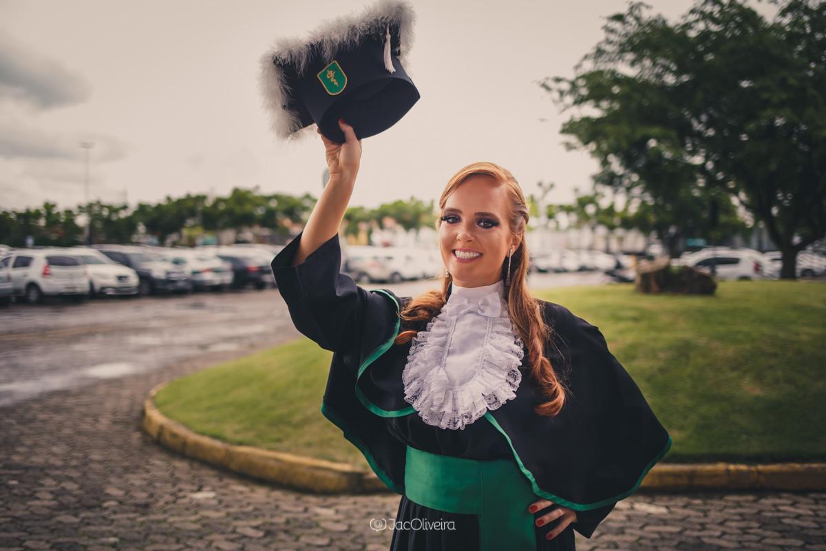 fotografa formatura colação de grau porto alegre larissa junges de toga
