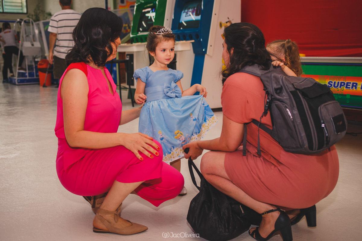 fotógrafo em porto alegre aniversário infantil eventos vestido princesa