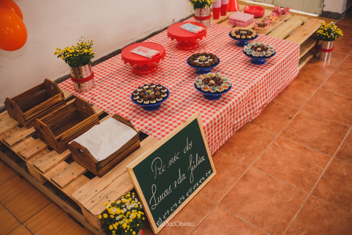 decoração de festa feita em casa piquenique