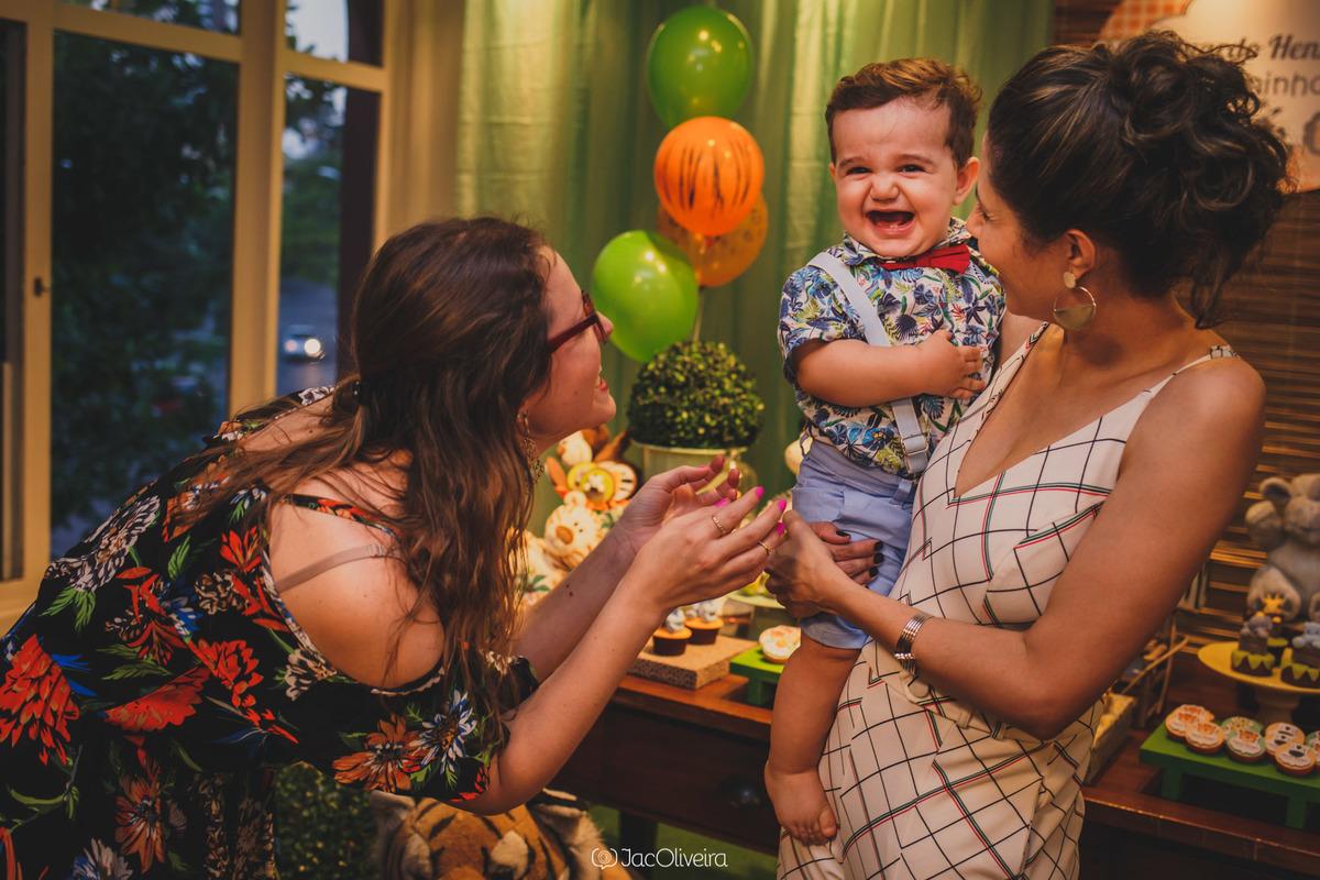 fotógrafa infantil porto alegre 1 aninho menino eduardo rindo
