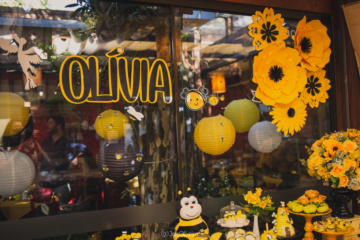 decoração chá de bebê abelhinha amarela e preto porto alegre menina