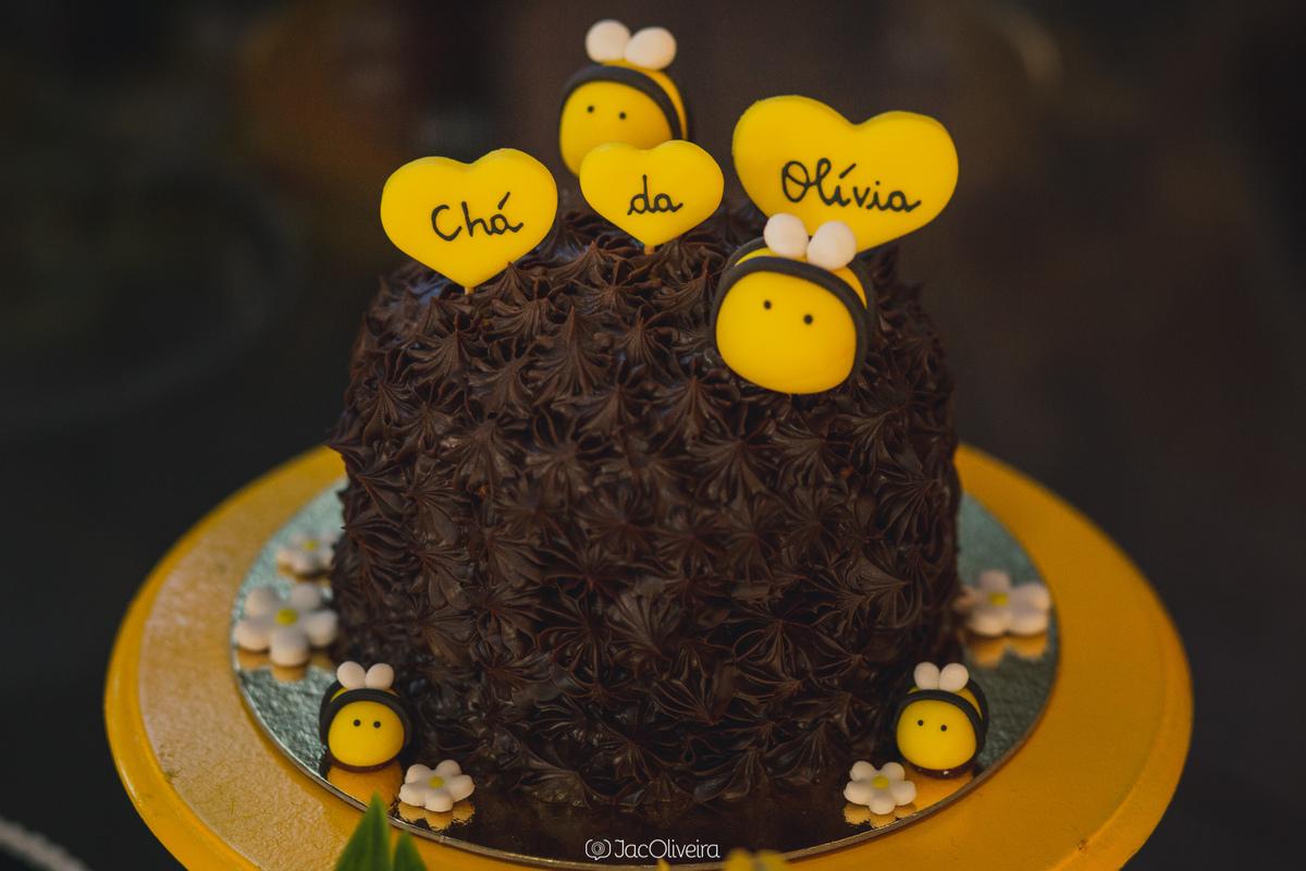 mini bolo decoração chá de bebê abelhinha amarela e preto porto alegre