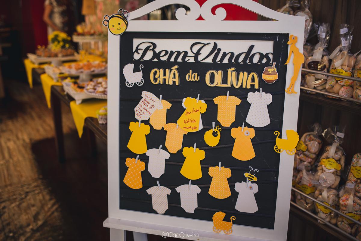 decoração chá de bebê abelhinha amarela e preto porto alegre varal de recados