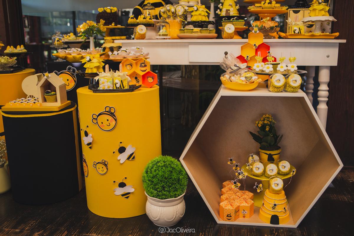 decoração chá de bebê abelhinha amarela e preto porto alegre