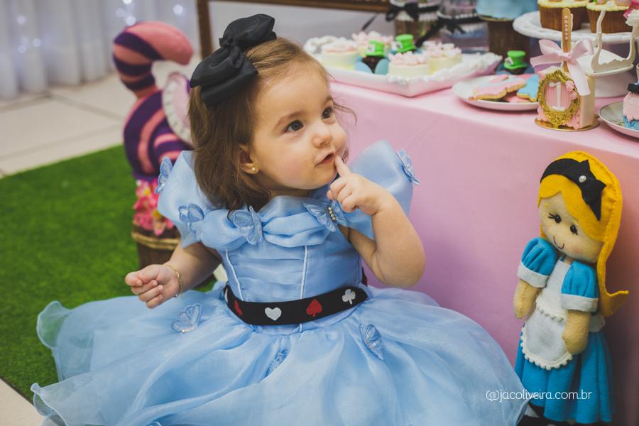 fotografo em porto alegre festa infantil alice decoração criativa festa de menina