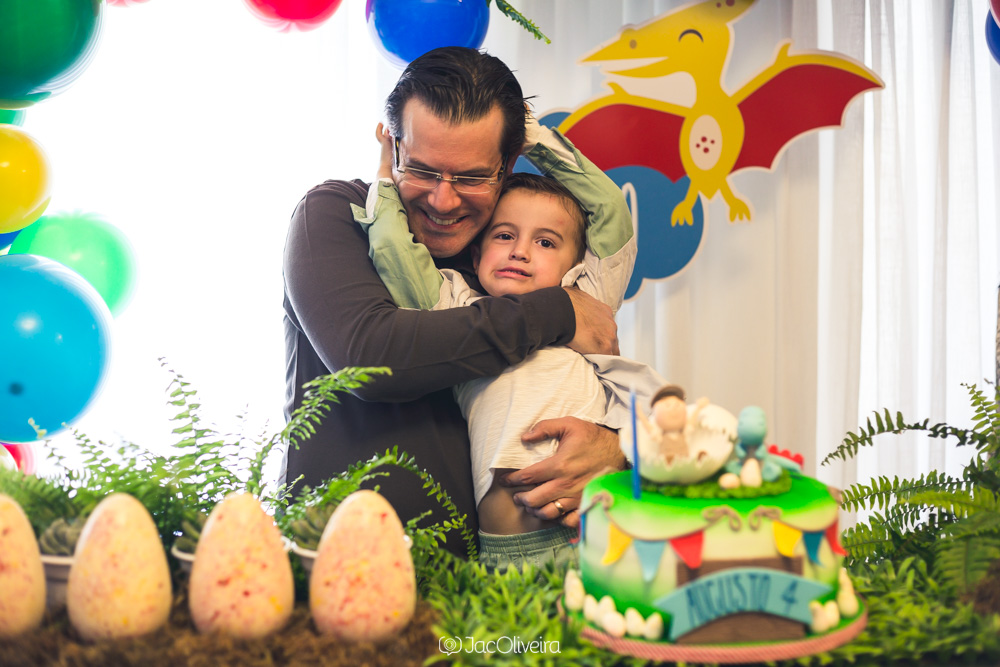 fotografo infantil aniversario porto alegre festa dinossauros isa herzog bolo jac oliveira fotografia