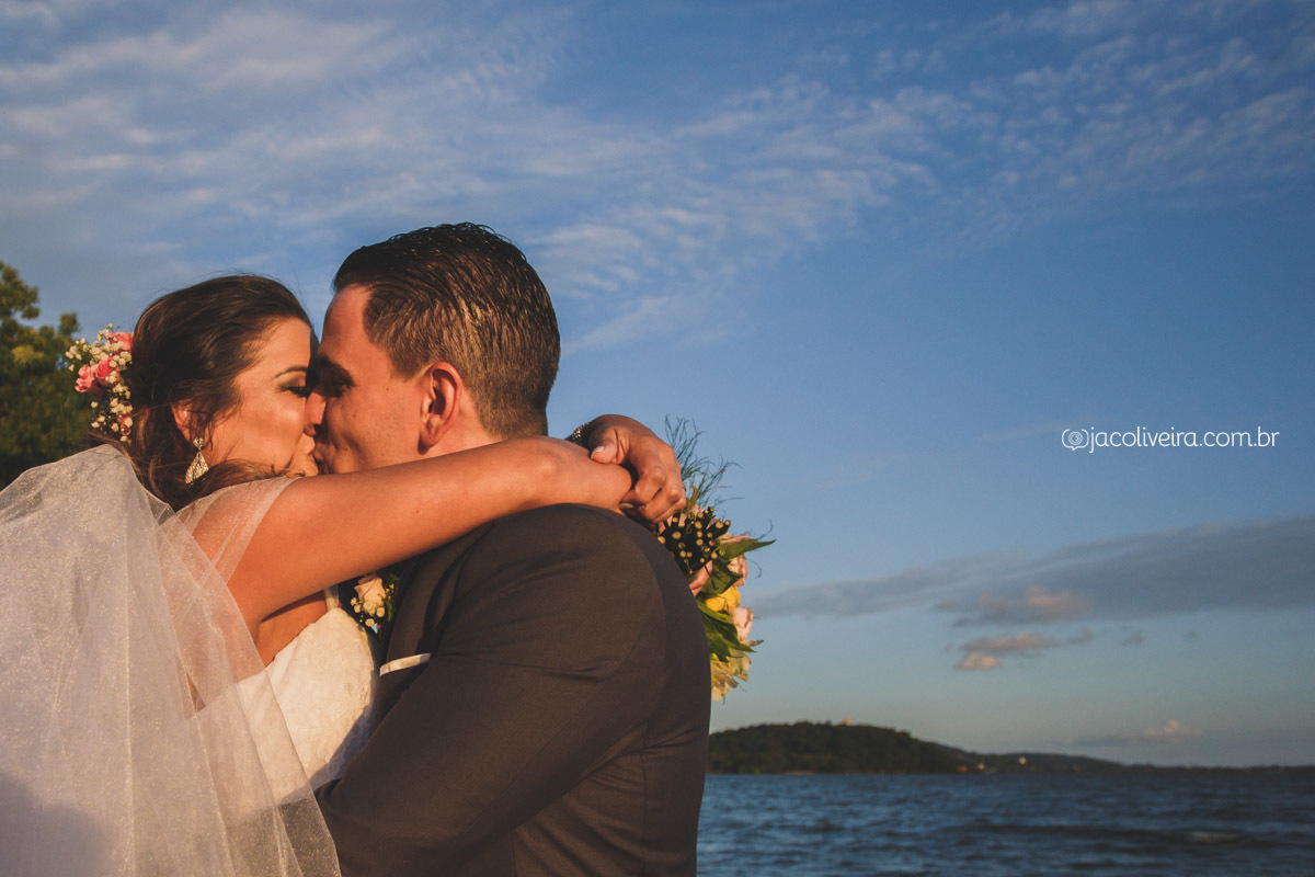 Imagem capa - Casamento da Manuela e do Leonardo no La Piedra - Porto Alegre por Jac Oliveira