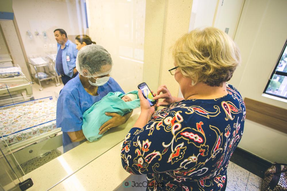 fotografo em porto alegre nascimento parto jac oliveira levi chegou maternidade divina providência