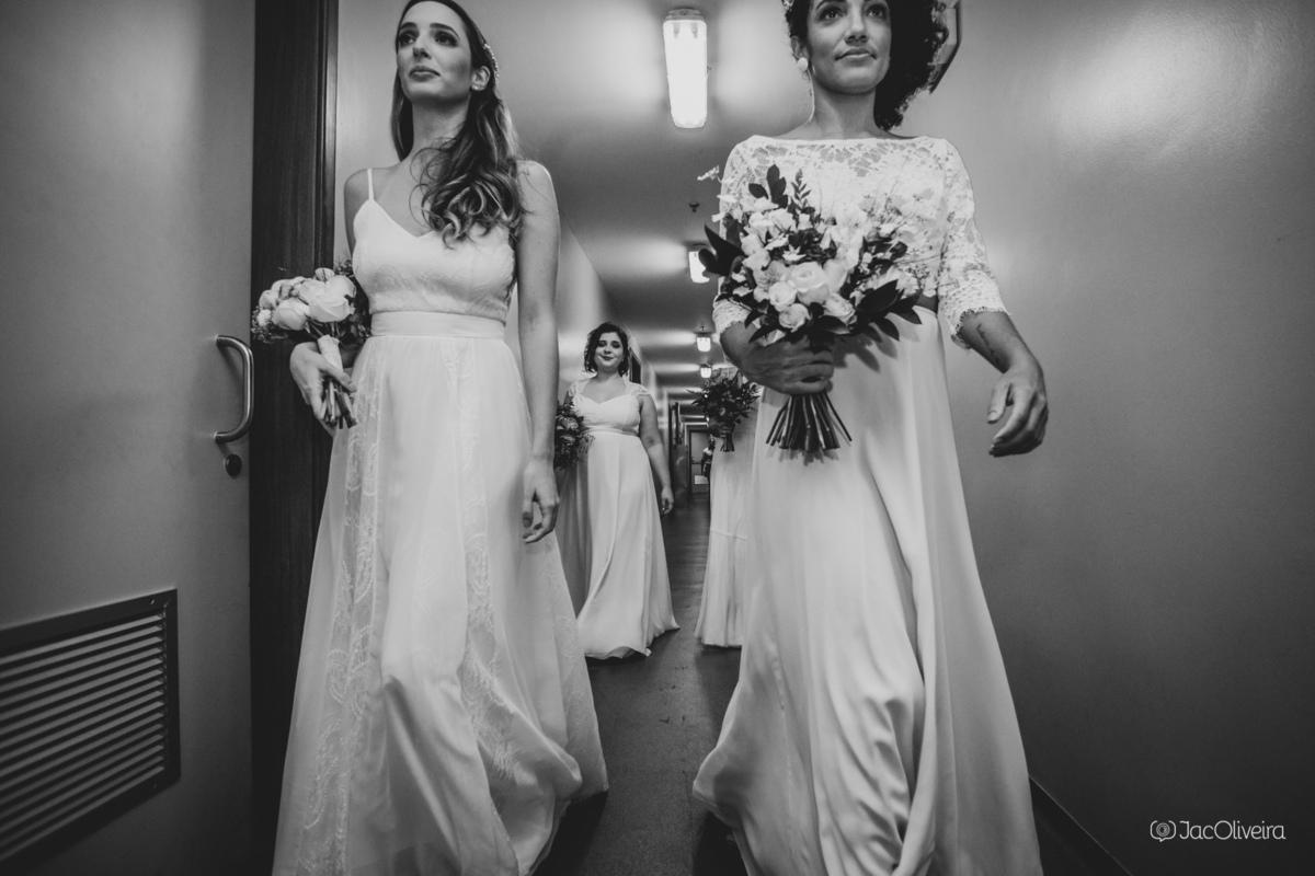 Imagem capa - Desfile O Amor é Simples traz nova coleção de vestidos de noiva para a Mostra Noivas por Jac Oliveira