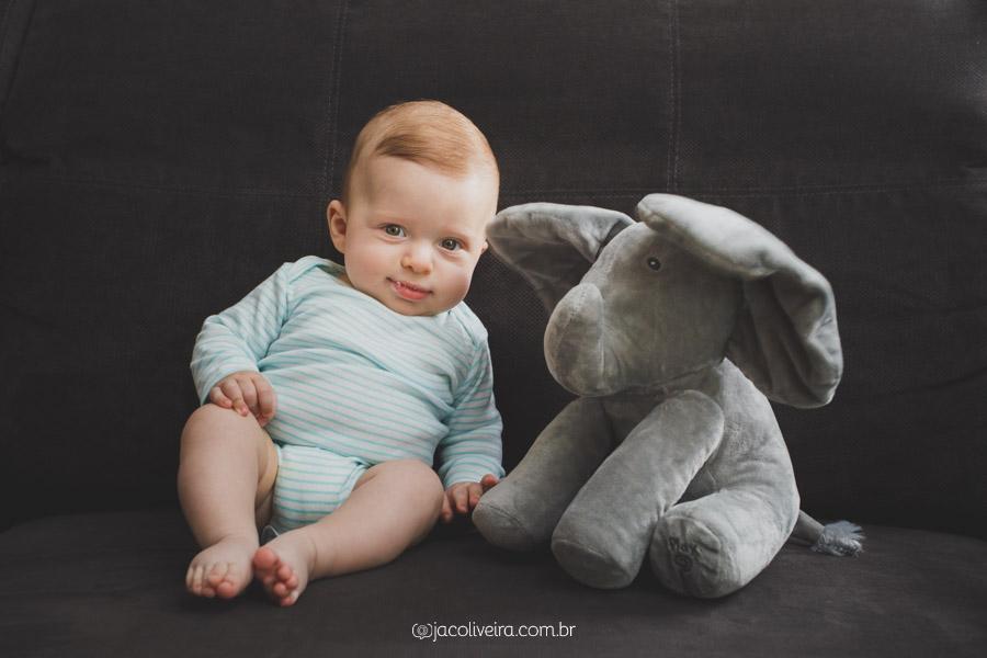 ensaio familia infantil porto alegre fotografo em poa menino e elefante