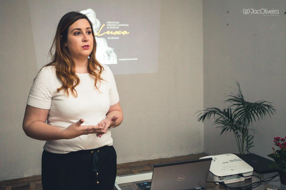 Imagem capa - Parcerias com mulheres empreendedoras por Jac Oliveira