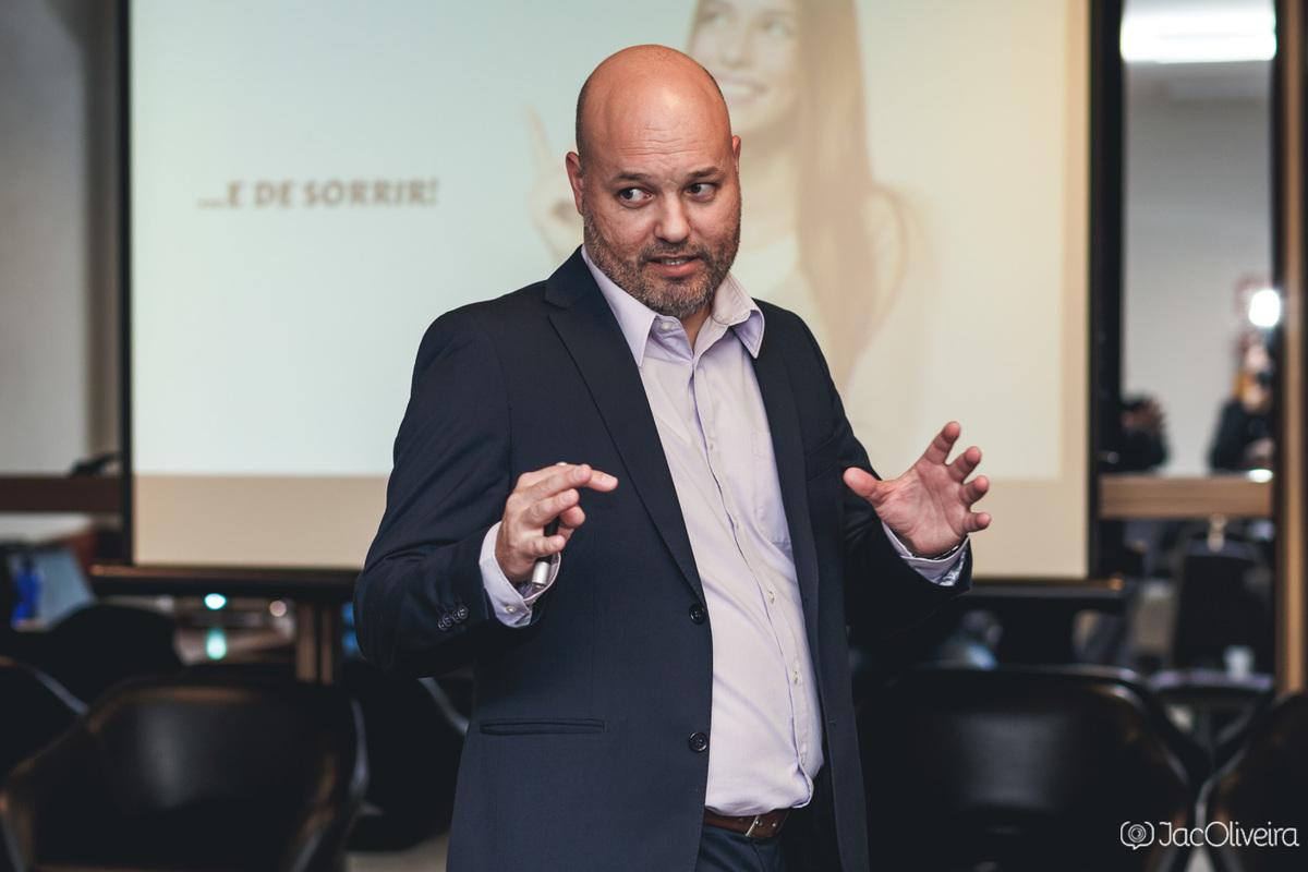 Imagem capa - Palestras e eventos empresariais também merecem boas fotos por Jac Oliveira