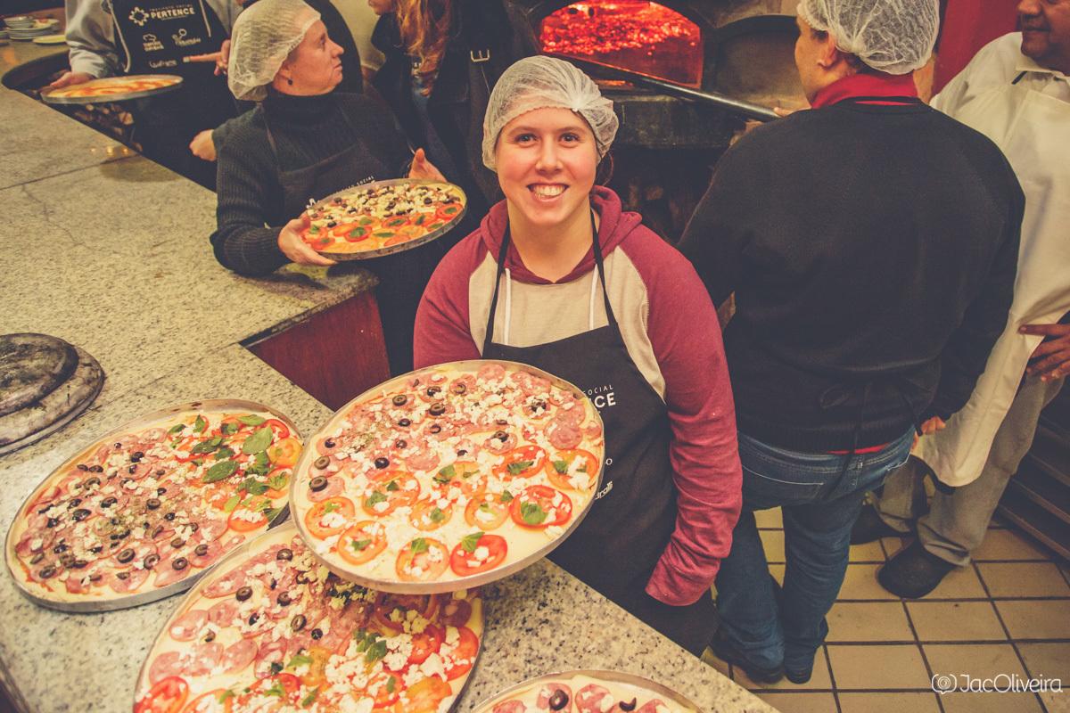 Imagem capa - Lançamento do Instituto Social Pertence aconteceu com noite de pizza - Temperos Especiais por Jac Oliveira