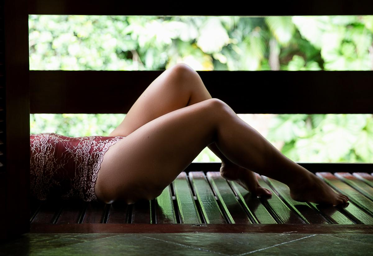 Imagem capa - O que vestir para o ensaio sensual? por Duas Marias Fotografia