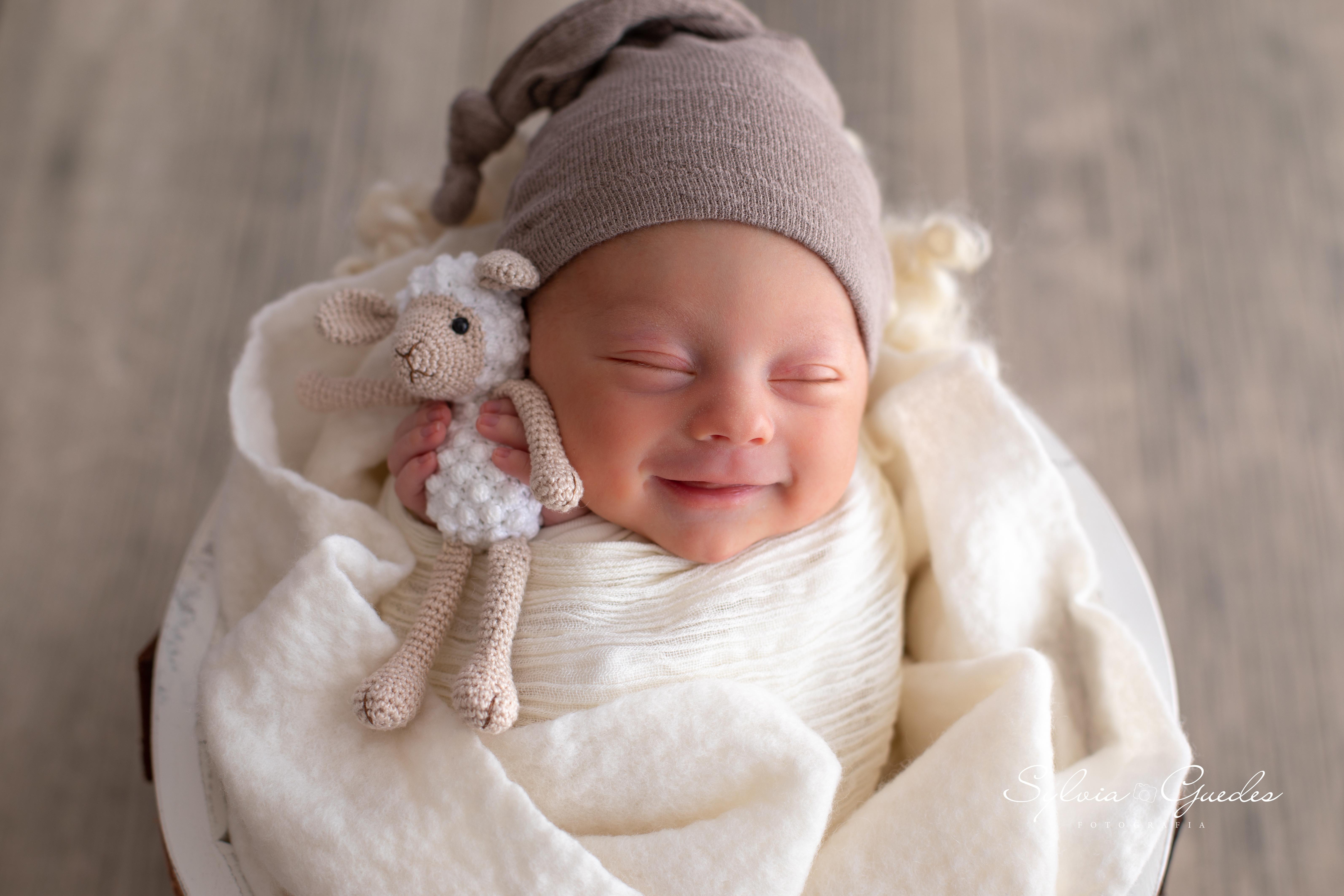 Contate Ensaio Newborn e Gestante