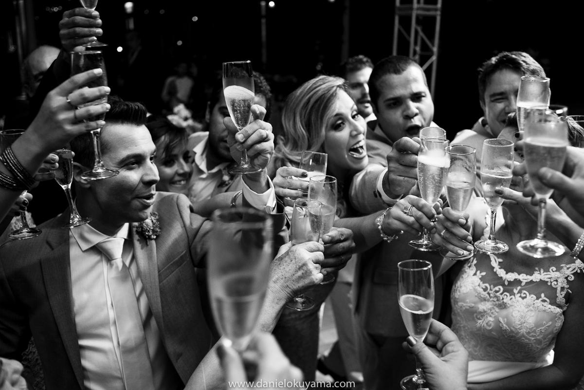casamento no espaço serra do mar casamento em sao paulo fotógrafo de casamento em são paulo fotografia de casamento em são paulo fotografo de casamento em santos casamento no bosque noivo noiva