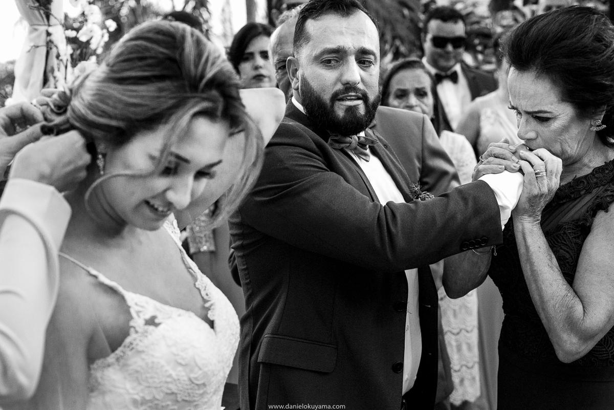 fotografia de casamento em santos mas e filho noivo se emociona em casamento