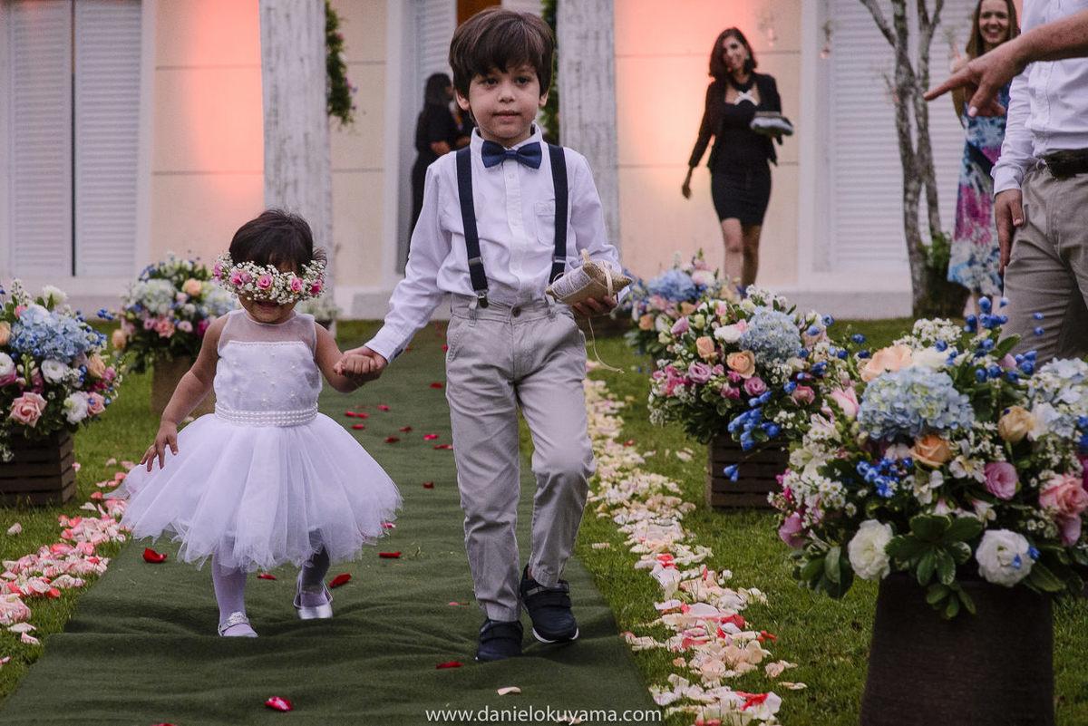 Fotografo de casamento em Santos casamento no Guarujá casamento na praia  daminha e pajem da cerimonia de casamento