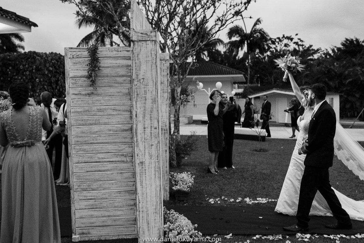 Fotografo de casamento em Santos casamento no Guarujá casamento na praia entrada linda da noiva