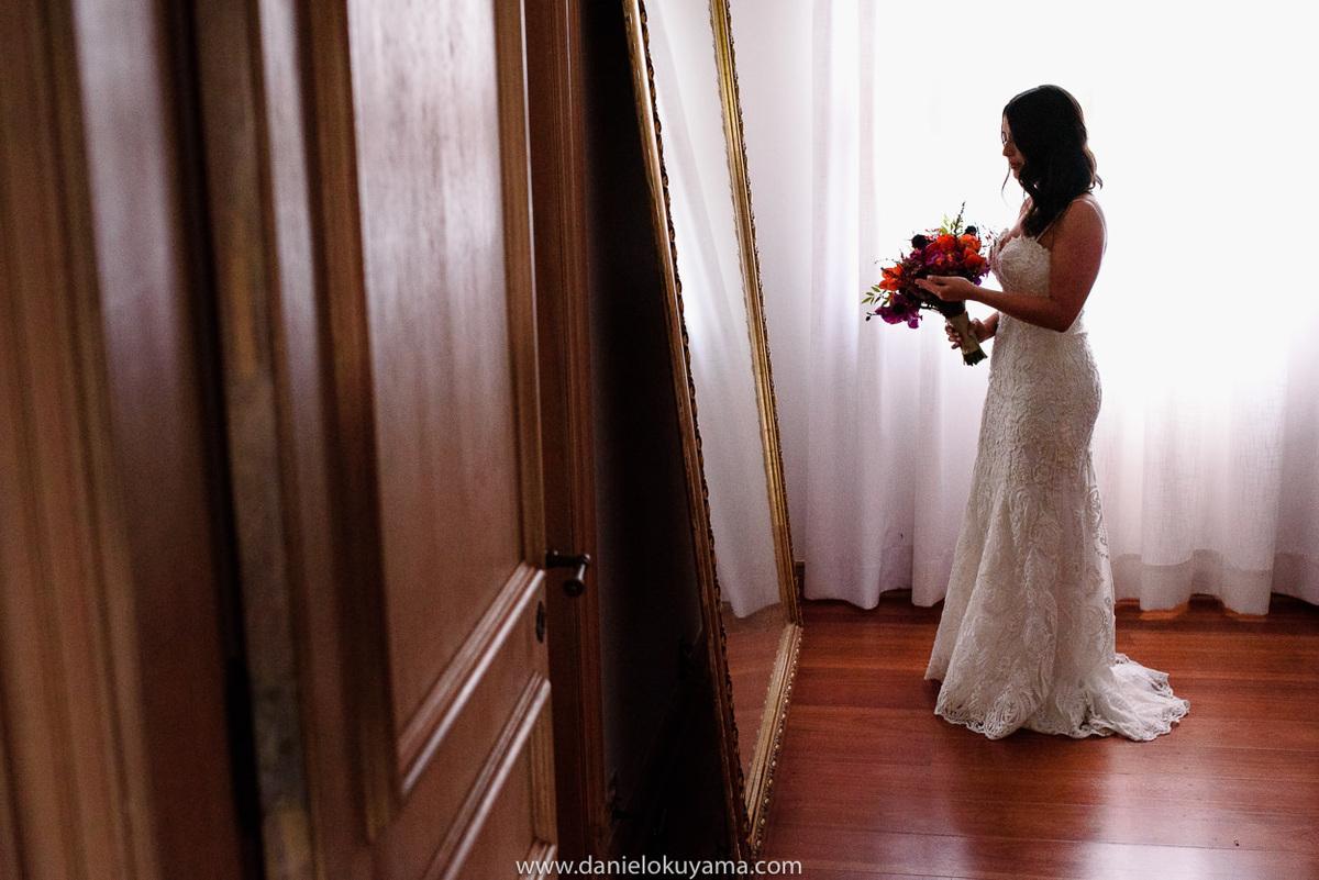 fotógrafo em Santos, fotografia de casamento são paulo, fotógrafo de casamento santos, noiva pronta para casar, vestido de casamento, luz de janela, campinas sp