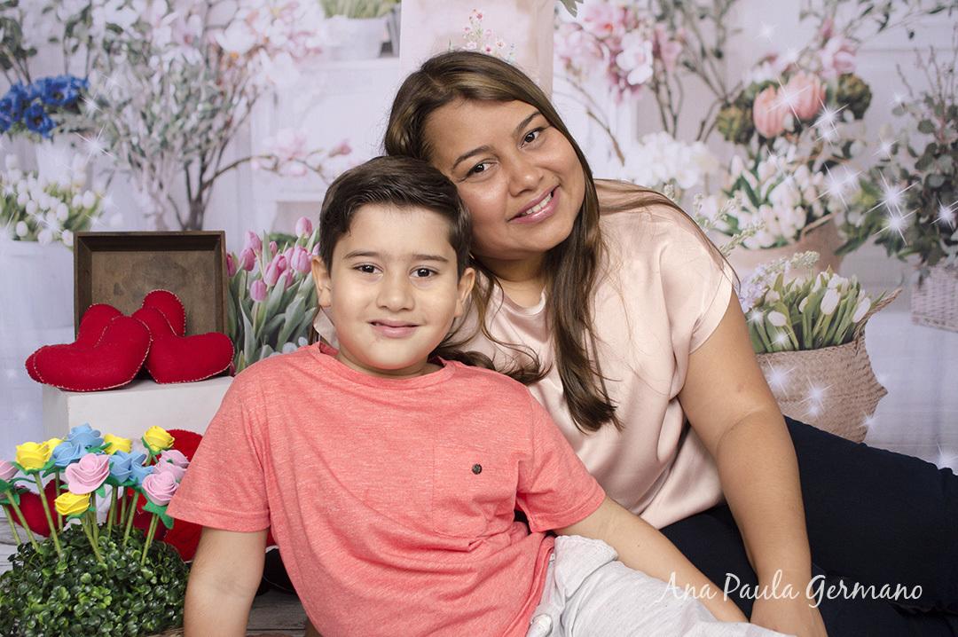 Ensaio Dia das Mães da Ana Paula e do Pedro, realizado no Estúdio Essenziale Design Fotografia - Tatuapé - Zona Leste/SP