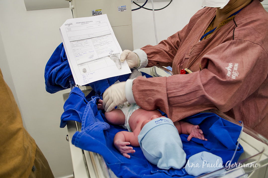 Fotografia de parto - Hospital e Maternidade São Luiz Itaim - Zona Sul de São Paulo 33