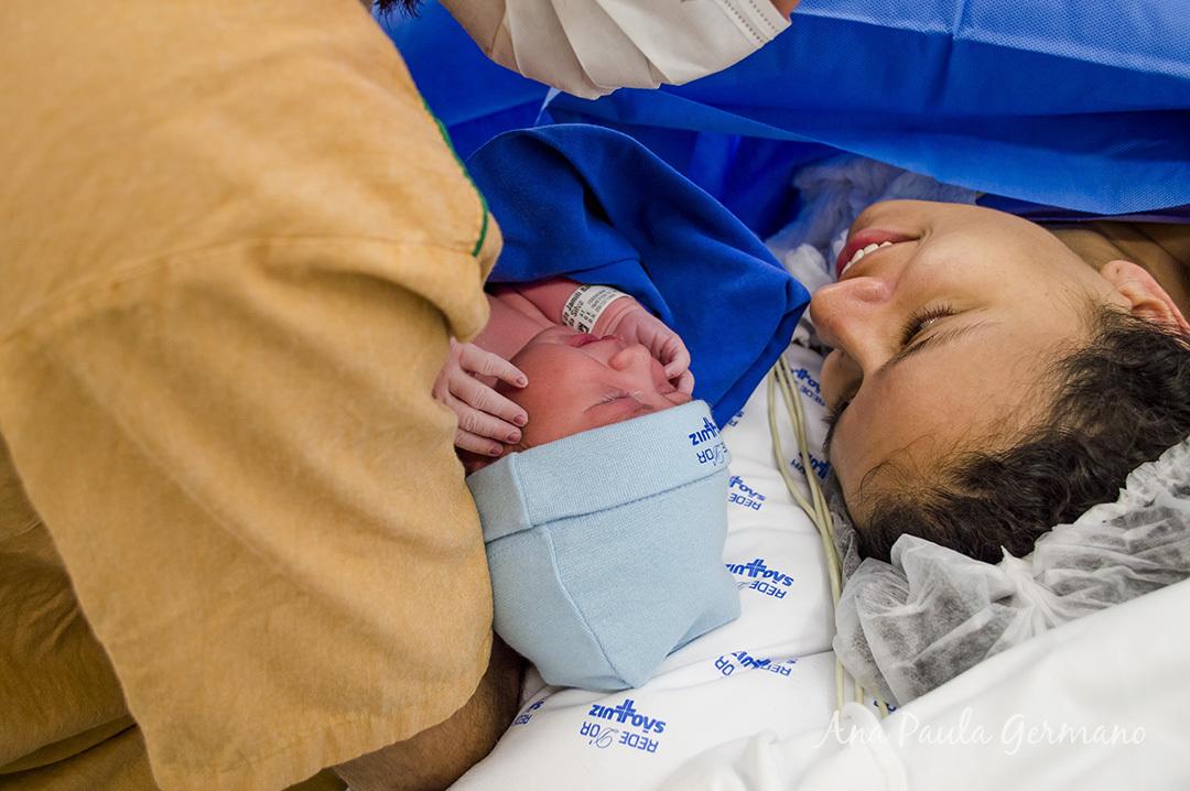 Fotografia de parto - Hospital e Maternidade São Luiz Itaim - Zona Sul de São Paulo 36