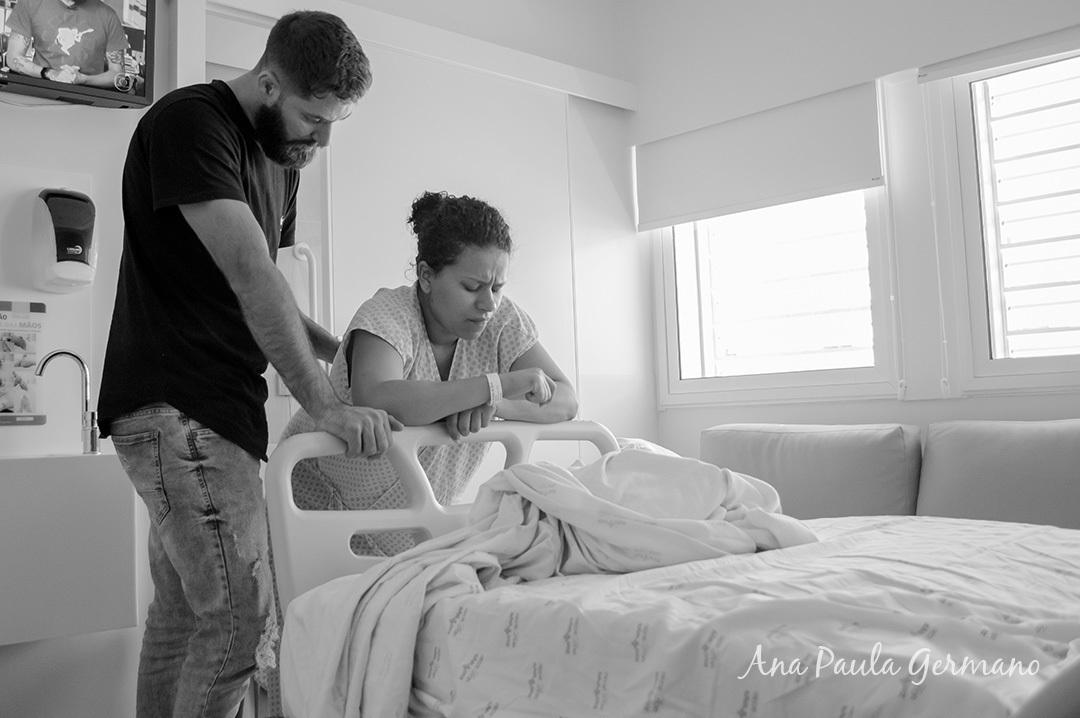 Fotografia de parto - Hospital e Maternidade São Luiz Itaim - Zona Sul de São Paulo 11