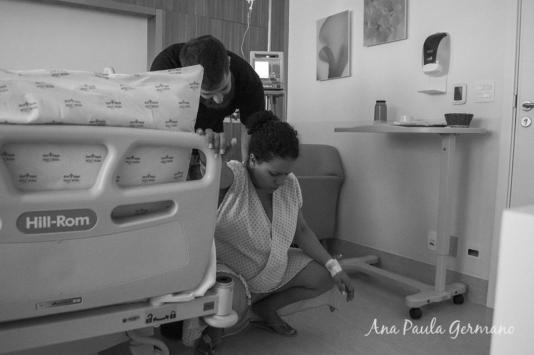 Fotografia de parto - Hospital e Maternidade São Luiz Itaim - Zona Sul de São Paulo 13