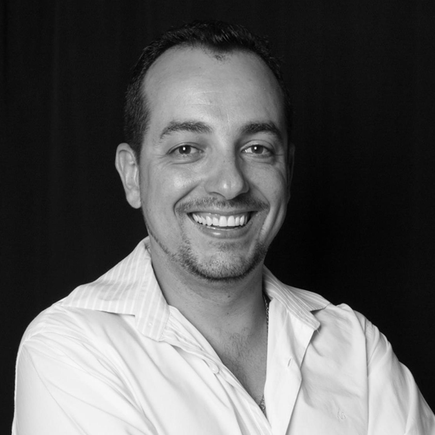 Sobre Fotógrafo de casamentos e 15 anos - Joaquim Júnior - Sabará, Belo Horizonte e região - MG