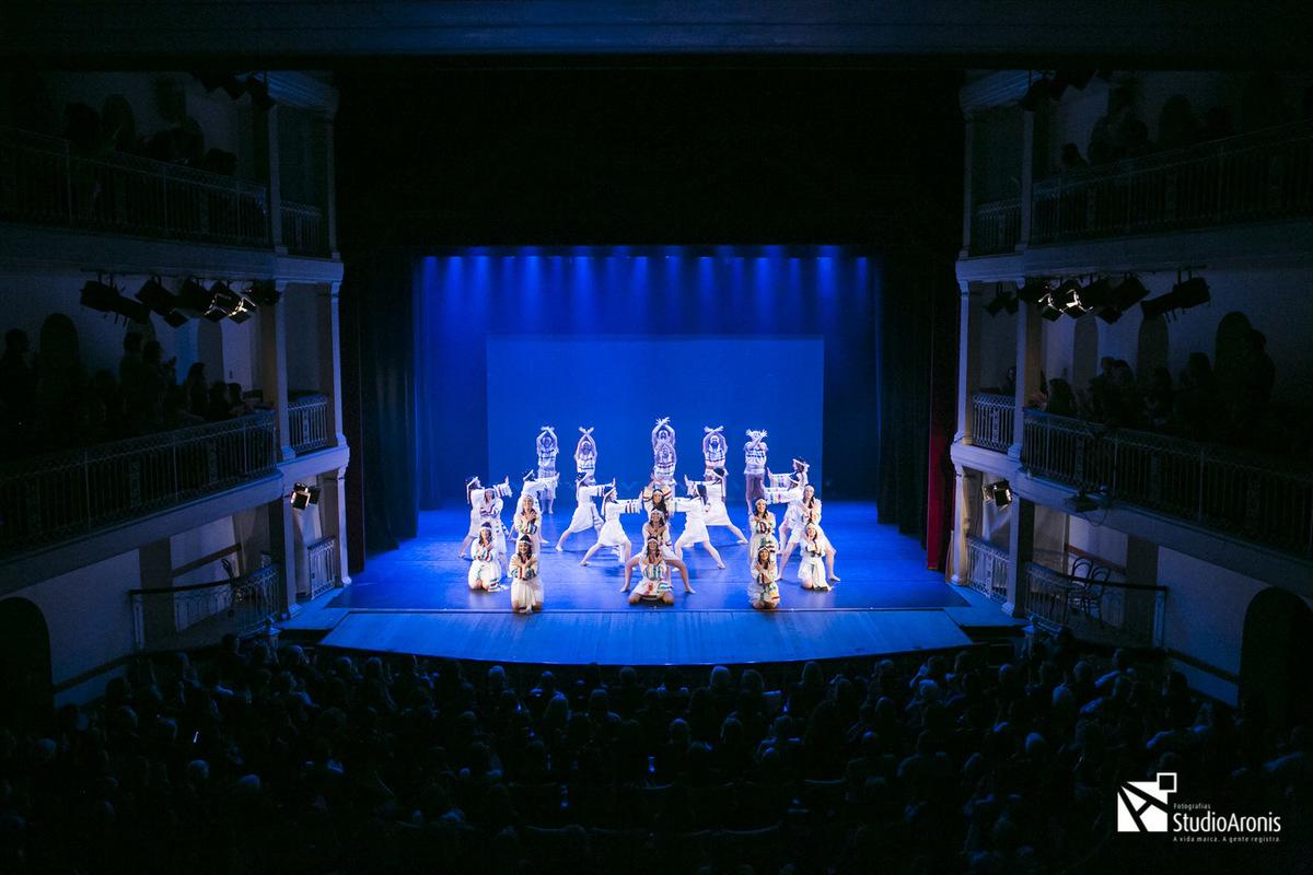 Grupo Kadima - Dança Etíope - Porto Alegre - RS - Danças Judaicas - Fotografia Studio Aronis - Theatro São Pedro