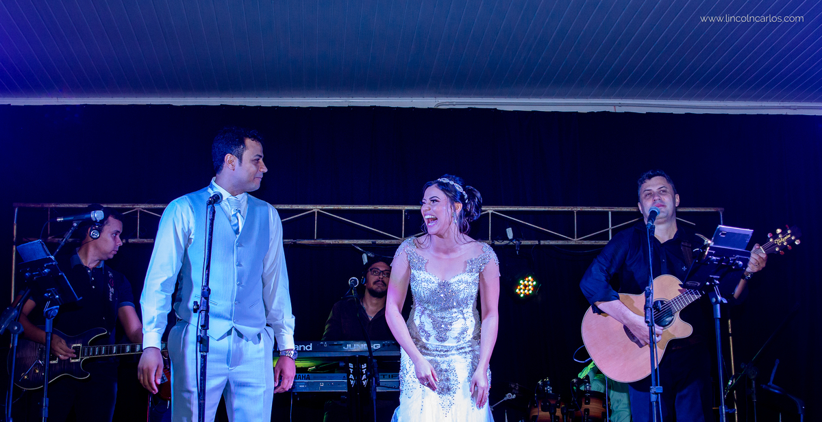 festa-de-casamento-fernanda-e-breno-space-life-em-pompeu-mg