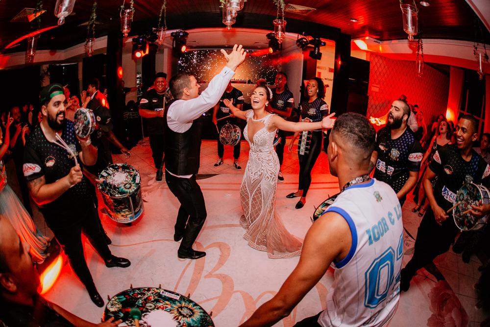 Imagem capa - Carnaval no casamento ? por diego campos