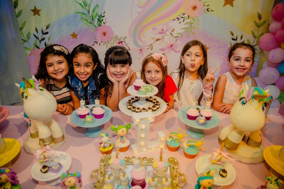Imagem capa - 5 DICAS DE DECORAÇÃO PARA FESTA KID'S QUE NUNCA SAEM DE MODA! por Realiza Sonhos