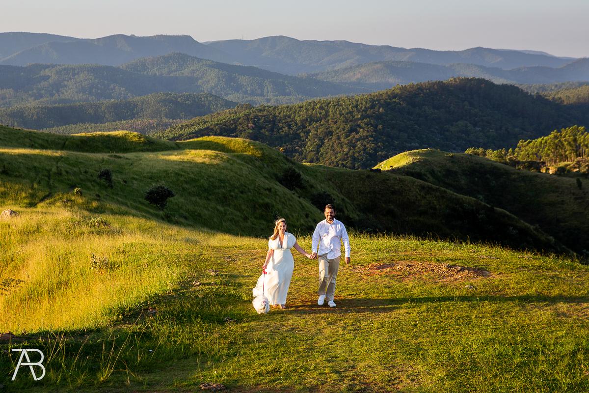 Imagem capa - Fonte casamentos.com - pets-no-casamento- por Alexandre Bozo