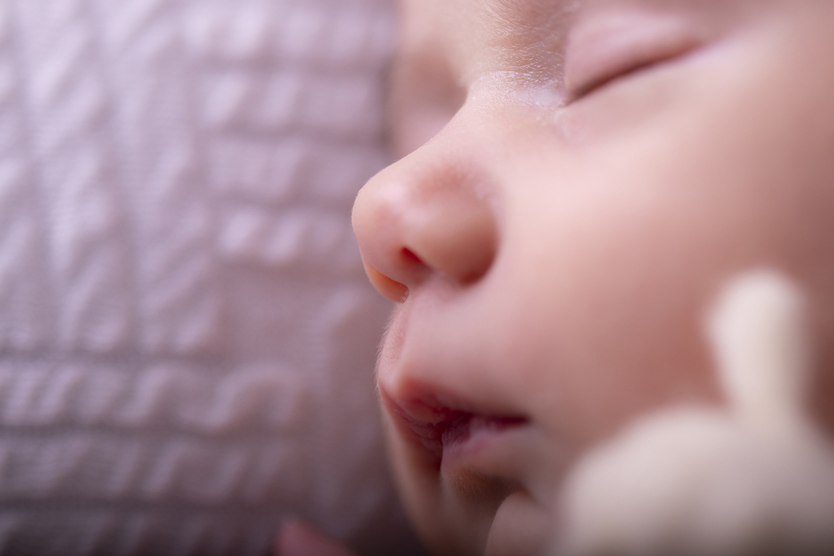 Imagem capa - Por que fazer um ensaio newborn? por Gisele Gaspar - Atelier Fotográfico