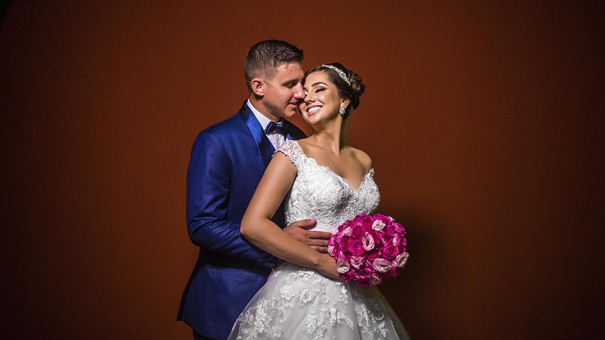 Imagem capa - Por Que Amamos estar em Casamentos? por Pedro Santos