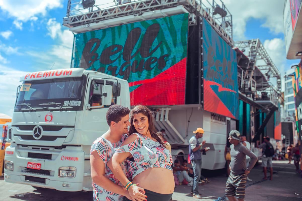 Imagem capa - Desafio: Ensaio Gestante no Carnaval de Salvador! por Senhoritas Fotografia