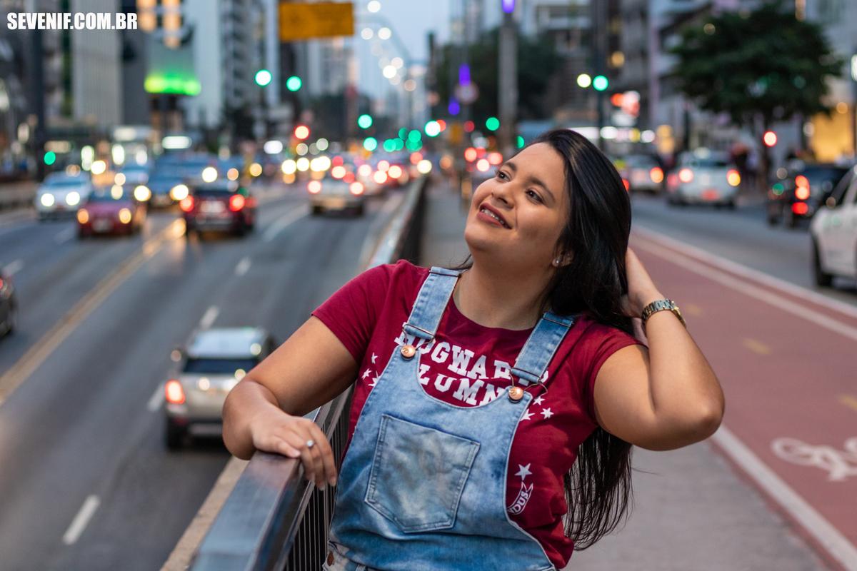 Imagem capa - Ensaio na Avenida Paulista | Por Larissa Andriele  por SEVEN IF FOTOGRAFIA