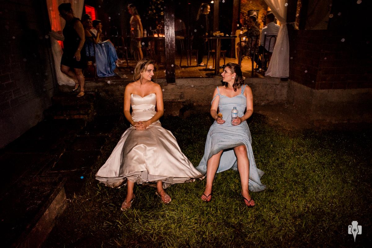 casamento ao ar livre com festa que dura até de madrugada
