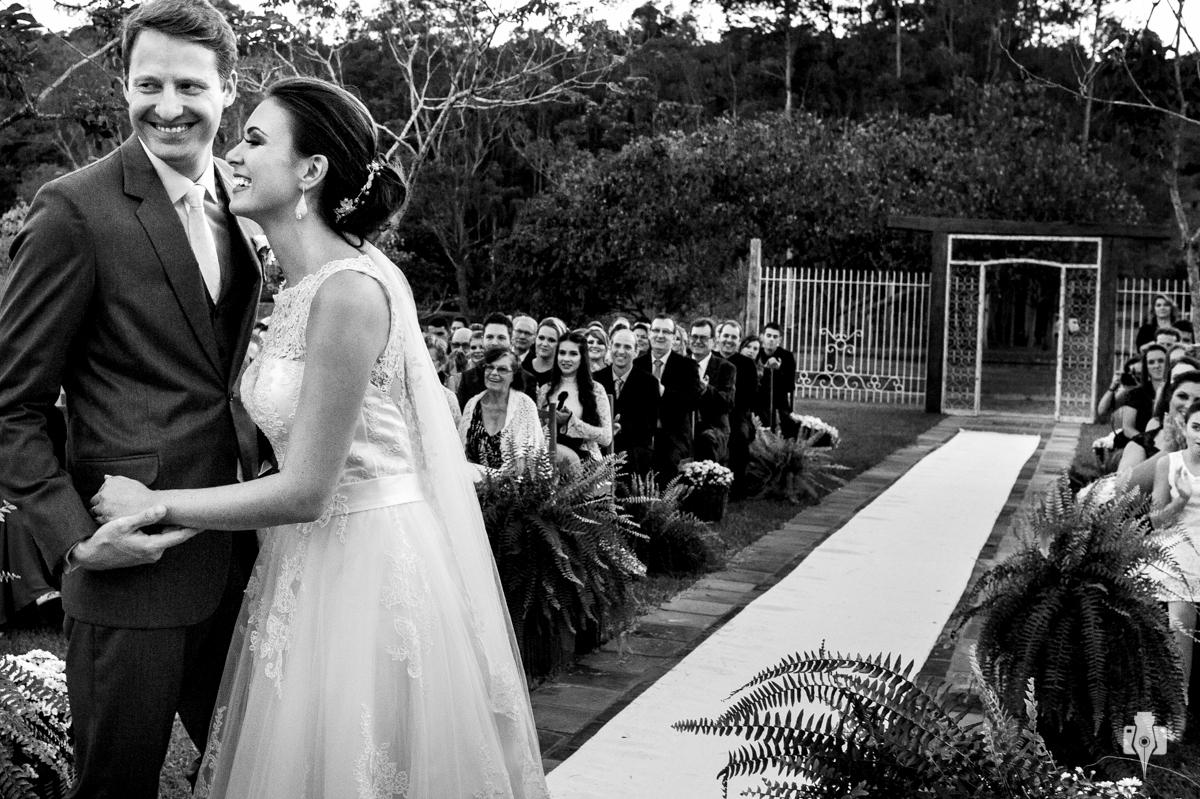 cerimonia de casamento espontanea ao ar livre
