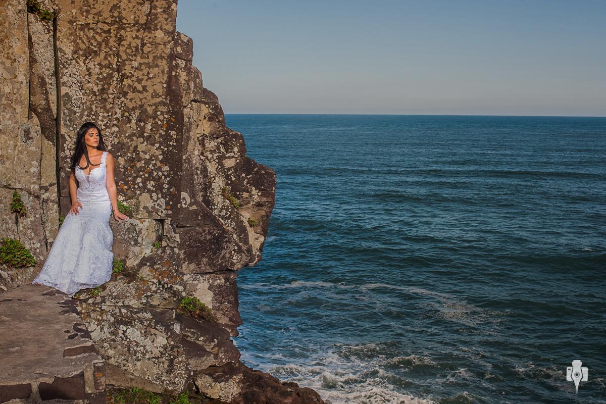 trash the dress de luana e leonardo na praia em torres rs