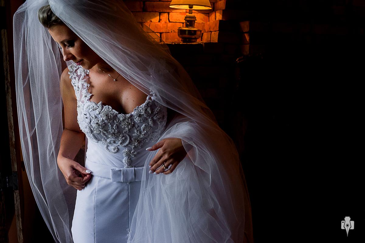 ccasamento ao ar livre com celebrante mauricio erhlich e cerimonial de magda della nina em la hacienda em canela rs noiva com vestido da estilista bianca rodrigues