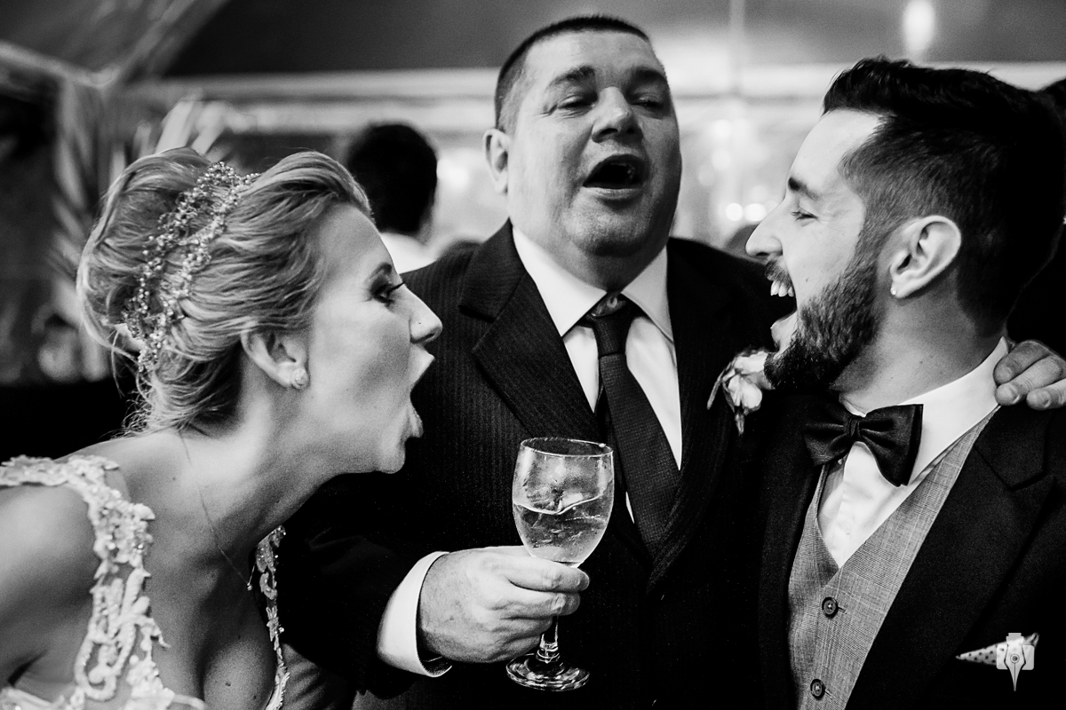 casamento ao ar livre com celebrante mauricio erhlich e cerimonial de magda della nina em la hacienda em canela rs noiva com vestido da estilista bianca rodrigues