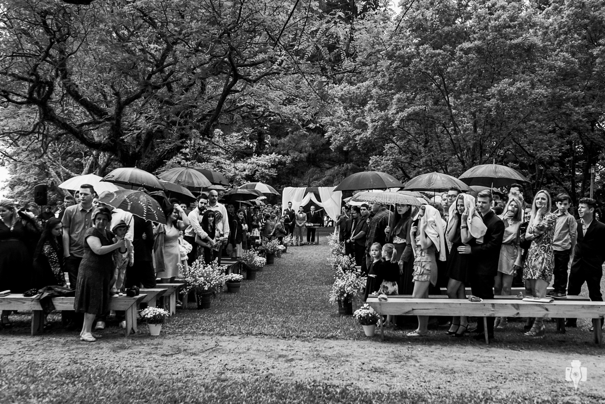casamento triplo ao ar livre em vinicula laurentia na barra do ribeiro rs